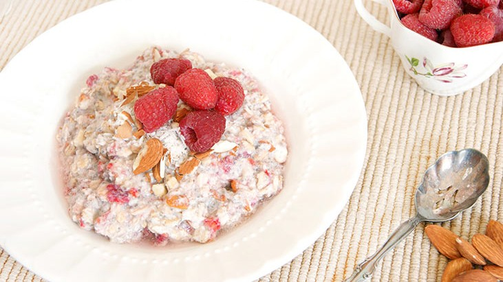 Healthy Berry Overnight Oats-Gluten and Dairy Free