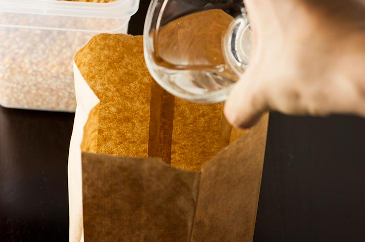 DIY Chemical free Microwave Popcorn